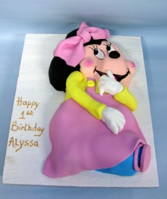 Ref Minie Mouse Cake