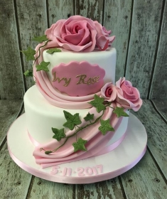 rose and ivy girls christening cakes