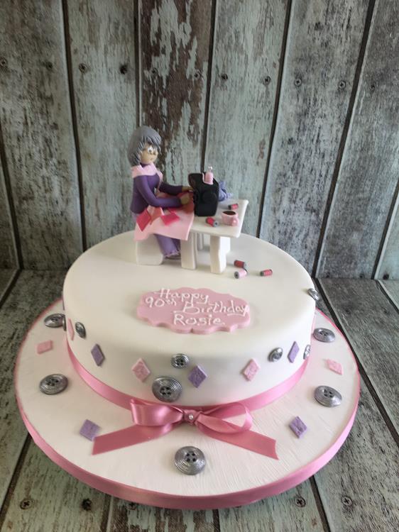 lady with sewing machine birthday cake