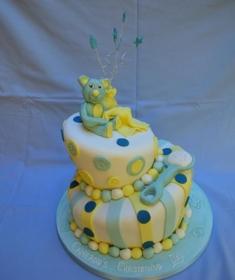 lg_Topsy Turvy Christening Cake (Copy)