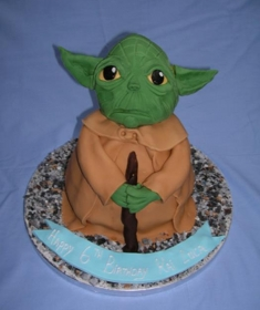 lg_Yoda Cake 2 (Copy)