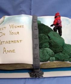 lg_retirement cake (Copy)