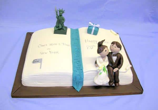 lg_New York Book wedding cake (Copy)