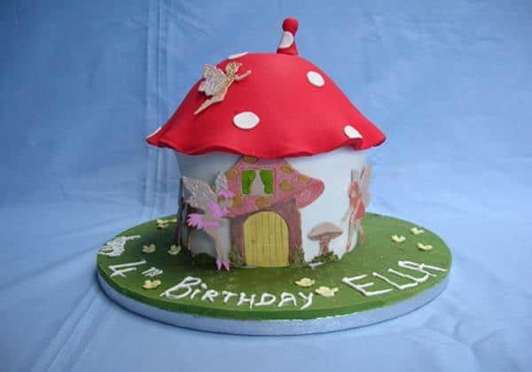 lg_Toadstool Cake (Copy)