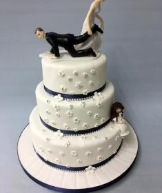 Diamonds and blossoms Wedding cake