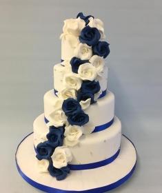Wedding cake cascading rosesIMG_1920 (Copy)