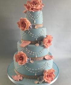 Vintage wedding cake blue