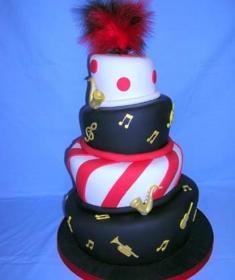 lg_Jazz topsy turvey wedding cake (Copy)
