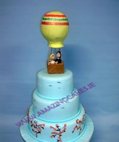 lg_Orlas Hot air baloon wedding cake (Copy)