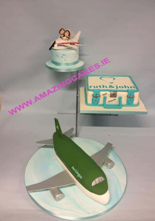 lg_Airplane Themed wedding cake (Copy)