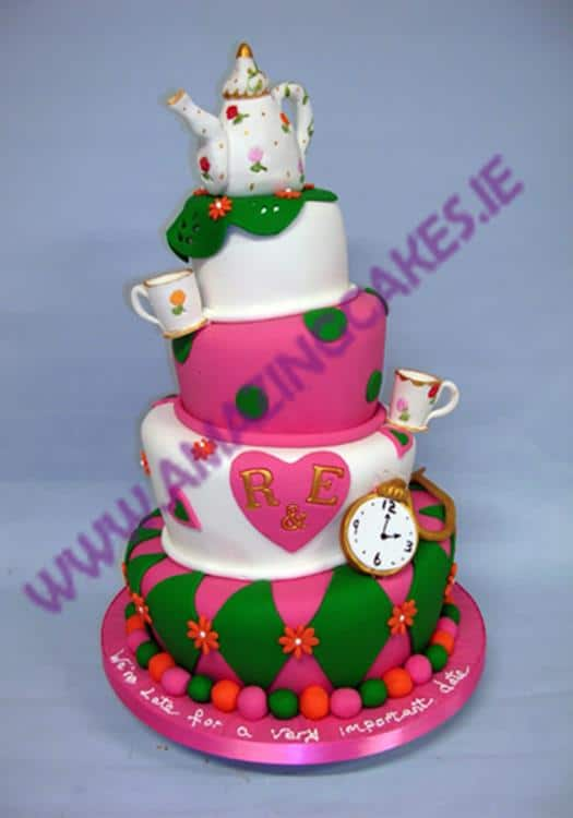 lg_Topsy Turvey Tea Pot wedding cake (Copy)