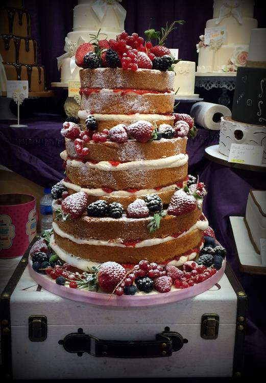 amazing wedding cakes photo gallery wedding cakes amazing cakes wedding cakes based in 10722